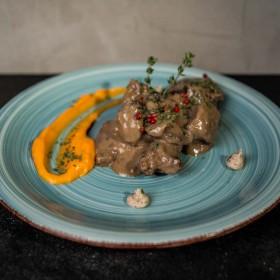 Ragoût de chevreuil à la sauce grand veneur - Meatbros